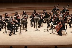 피아졸라·생상스의 '100주년'…기억과 축하의 무대 갖는 오케스…