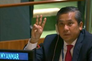 세 손가락 경례하며 군부 규탄 연설 주유엔 미얀마 대사 결국 파면