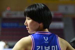 """""""후회 없이, 최선 다해, 마지막이지 않게"""" 김보미의 간절한 농구"""