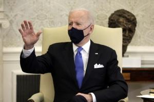 """바이든 """"북핵 위협 줄이려 한일과 협력… 외교관에 권한 부여"""""""