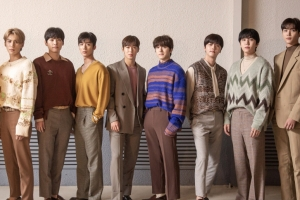 FNC 소속 가수들 '위버스' 합류…몸집 키우는 플랫폼