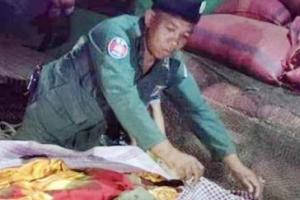 불발탄을 낚시에 쓰려다 오폭으로 사망한 전 크메르루주 병사