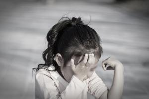 두살배기 칭얼거렸다고 때린 양부…입양아, 의식불명 상태