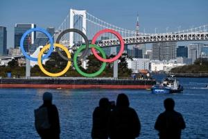 """IOC """"도쿄올림픽 예정대로…상황 나아지고 있다"""""""