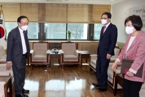 [포토] 조국 전 장관 관련 서울대 방문한 국민의힘