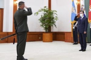[서울포토] 신임 해병대사령관의 경례