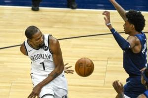 차·포 뗀 브루클린, NBA 꼴찌 30점차 대파…듀랜트 부상 복귀 첫 …