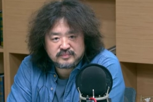 """""""김어준은 감사원 감사 쫄리면, 유튜브로 옮겨 타세요"""""""