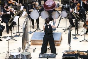 오케스트라와 함께 한 '소리 여행'…타악기로 꾸민 놀라운 여정