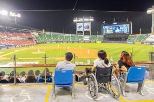 오늘은 '장애인의 날' 신축구장 휠체어석은 이렇게 달라요
