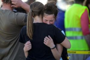 미국서 중1 여학생이 학교서 총격…교사가 제압