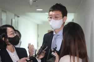 국민의힘 당권 경쟁 변수된 김종인·윤석열