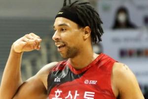 워니, 메이튼, 힉스 2021~22시즌에도 만난다