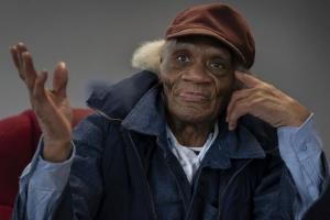 """68년을 교도소 독방에서 지내고 83세에 석방 """"그리 기쁘지 않았다…"""