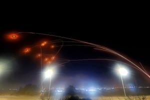 로켓포 300발 vs 전투기 폭격… 동예루살렘 갈등 격화