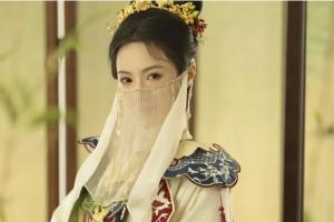 """교사 관두고 인플루언서 된 중국여성 """"한국 팬도 있어요"""""""