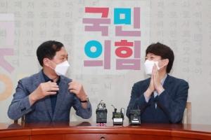 전대 선거비용 3000만원만 쓴 '백팩 대표'… 오늘은 파격 광주행