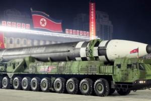 북한, 핵탄두 최대 50개 보유…지난해보다 10개 증가