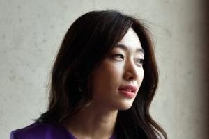 """윤고은 """"지하철은 신선한 재미있는 곳…일상 모든 것이 작품 모티…"""