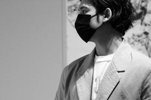 """""""연예인 화가 논란? 그림 32점 완판 시킨 배우 있어요"""""""
