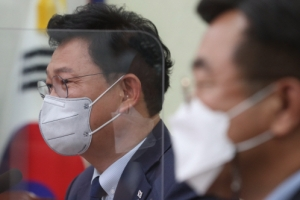 민주당 경선 일정대로 9월, '당헌·당규 또 뒤집기' 부담 느낀듯
