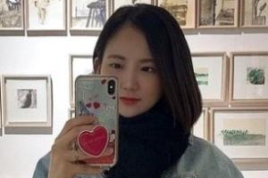 """[포토] """"12시간 공부 돌입""""… '한의대 도전' 김지원 전 아나운서 근황"""