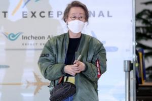 '오스카 수상' 윤여정, 힙한 패션
