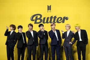 BTS '버터', 새 역사 썼다…4주 연속 빌보드 핫100 1위