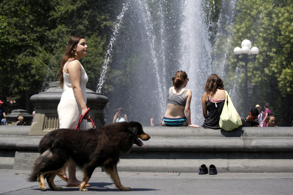 Record hot temperatures in New York City