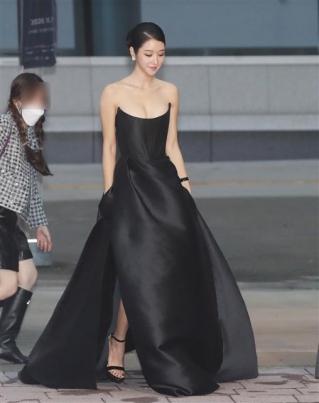 배우 서예지 '살아있는 인형'
