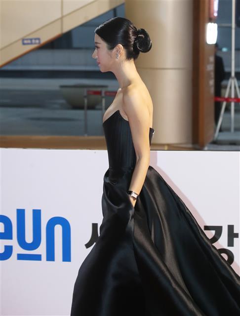배우 서예지 '옆모습도 여신'