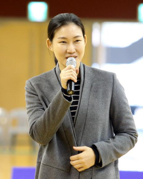 [서울신문] 박정은, BNK 제 2 사령탑 WKBL 대회 운영 본부장